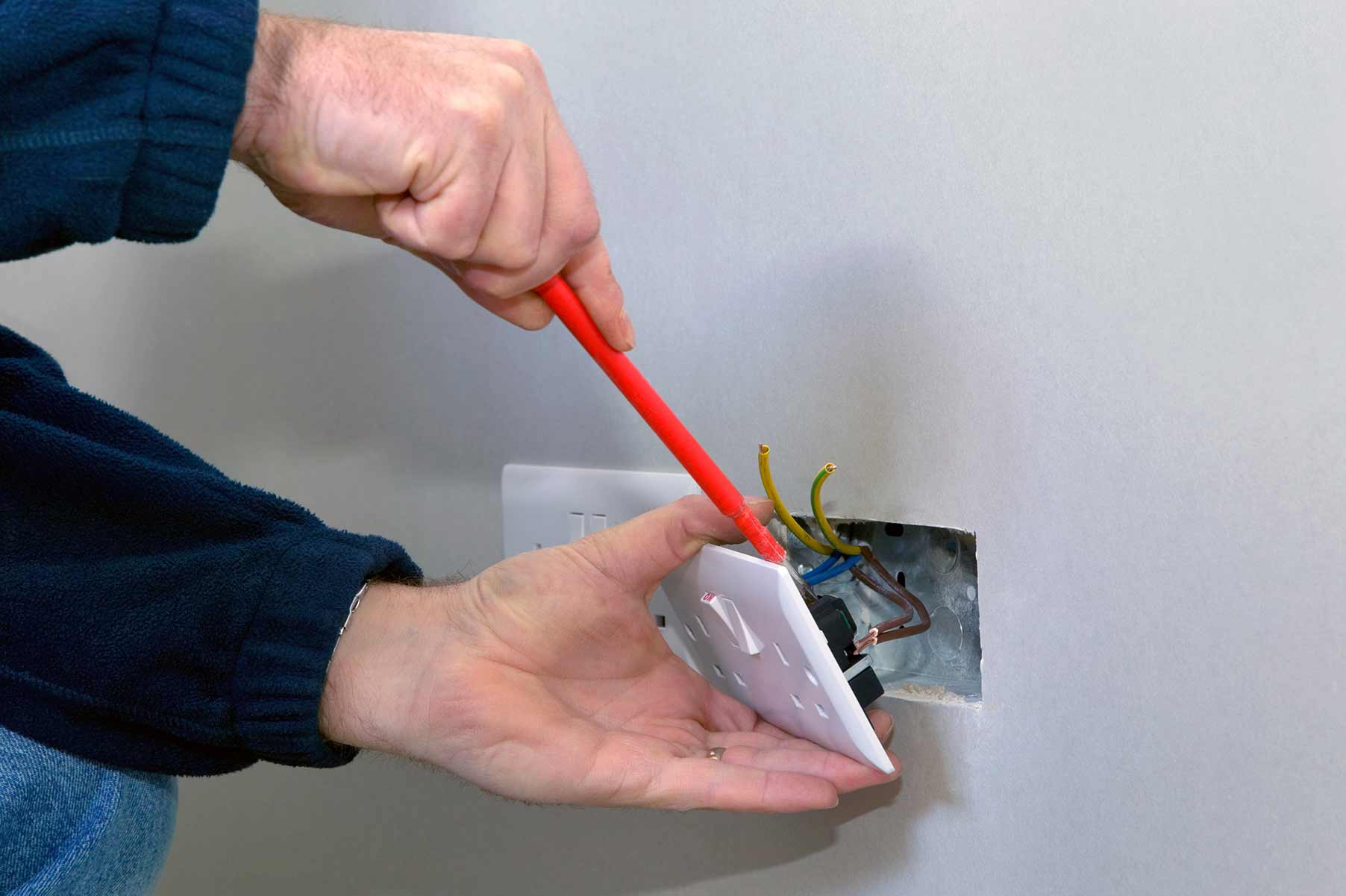 Our electricians can install plug sockets for domestic and commercial proeprties in Chingford and the local area.